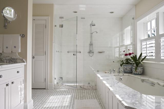 Canary Cottage Bathroom Traditional Bathroom