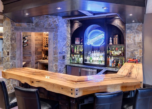 Rustic Bar & Wine Room