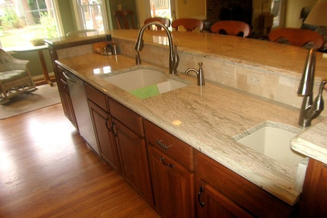 Maple/Cherry Cabinets, Ambrosia White Granite, Tile ... on Maple Cabinets With White Countertops  id=80447