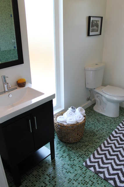Green Tile Bathroom With Chevron Pattern Bath Rug And Turkish Towel Eclectic Bathroom Los