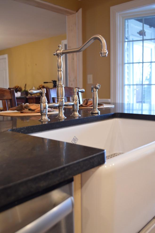 Farmhouse apron sink and soapstone granite - Farmhouse ... on Farmhouse Granite Countertops  id=25231