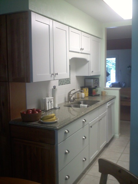 Tradional White Kitchen with Quartz countertops traditional-kitchen