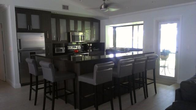 Lisas Place Modern Kitchen