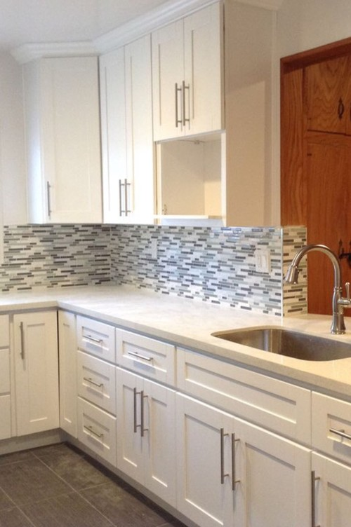 Bin Pulls And Knobs Vs Bar Pulls With Shaker Cabinets