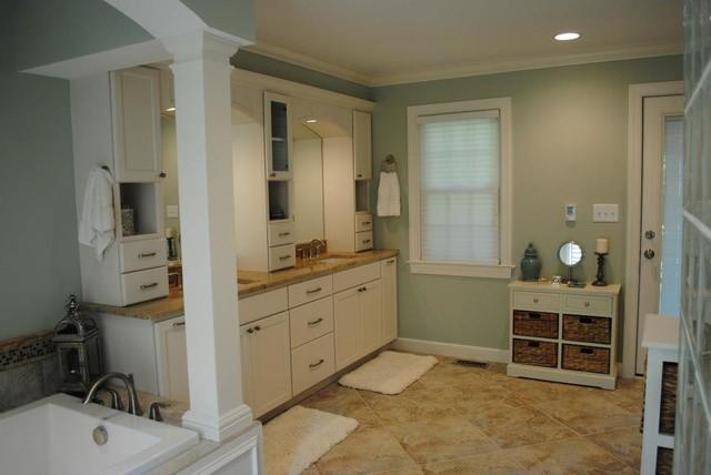 Marshmallow Cream Maple Cabinets, Persa Avorio Granite ... on Bathroom Ideas With Maple Cabinets  id=63753