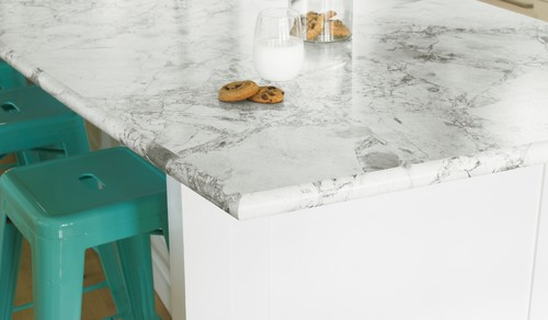 Rounded countertop edge