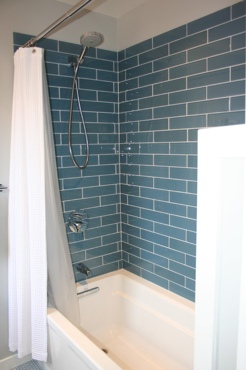 installing large format glass tile in a