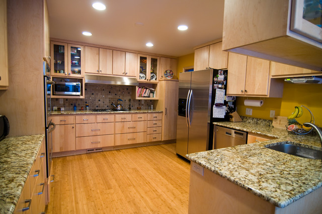 Natural Maple Kitchen - Traditional - Kitchen ... on Kitchen Countertops With Maple Cabinets  id=78184