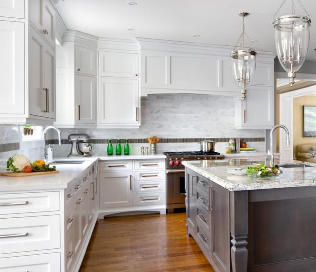 Sino Carrera Marble Irregular Rectangles On Backsplash Traditional Kitchen Detroit By