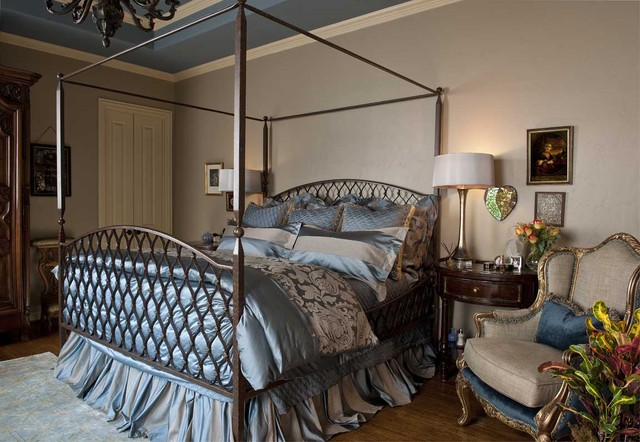 blue and beige master bedroom - traditional - bedroom - dallas