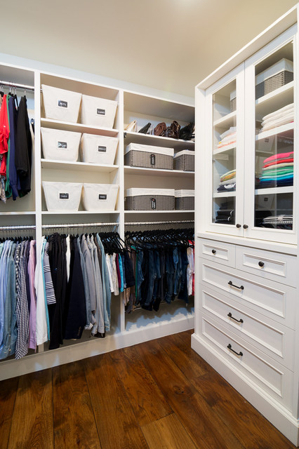 Manhattan Beach Home closet