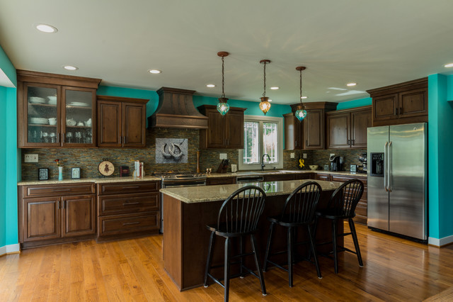 Andy Lezlie Kitchen Traditional