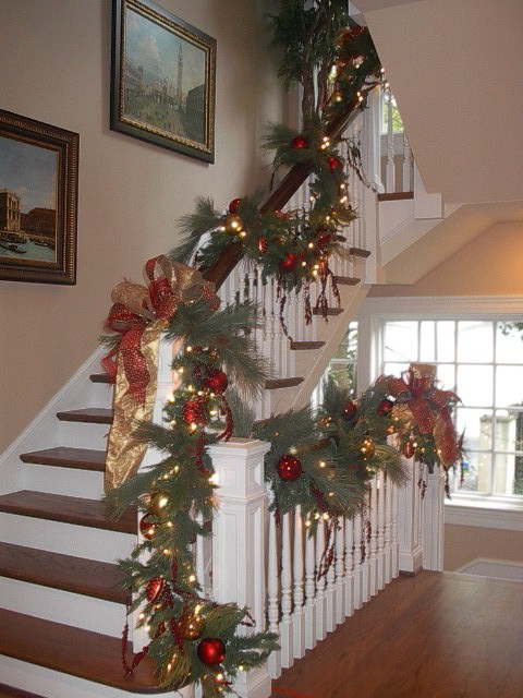 Pate Stairs Christmas Traditional Staircase Dallas