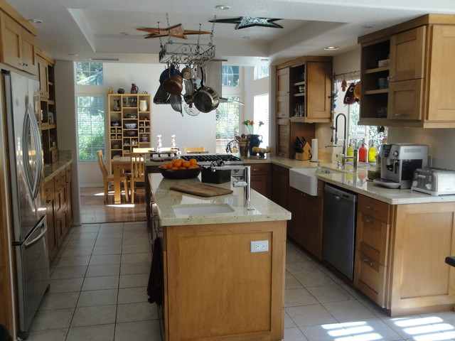 Mimi Kitchen Traditional San Diego Assi Design