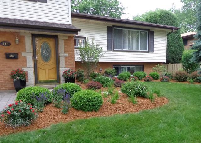 Split Level Landscape - Traditional - Landscape - Chicago ... on Split Garden Ideas id=48745