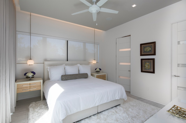 , 5 Beautiful Neutral Master Bedrooms, Living with Stephanie