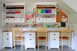 16 simple hacks and ideas to organize and clean up the nursery or children's room to save space and save clean up time. Easy storage ideas to try right now