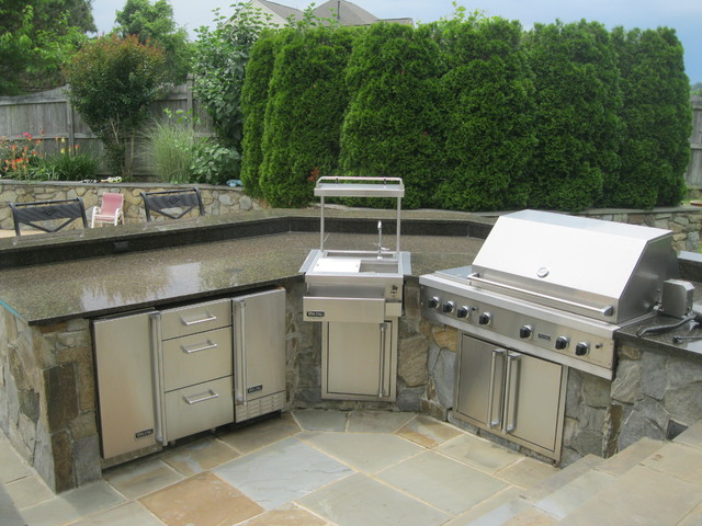 Outdoor Kitchens/Built-in Grills - Traditional - Patio ... on Built In Grill Backyard id=21679