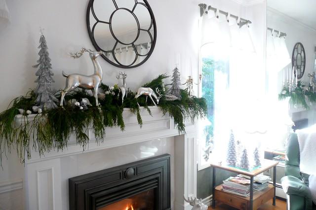 Frenchflair traditional-family-room