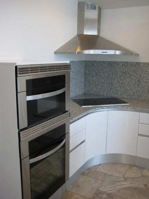 CONTEMPORARY CORNER WALL HOOD Modern Kitchen San Diego By BKT LOFT Italian Kitchen