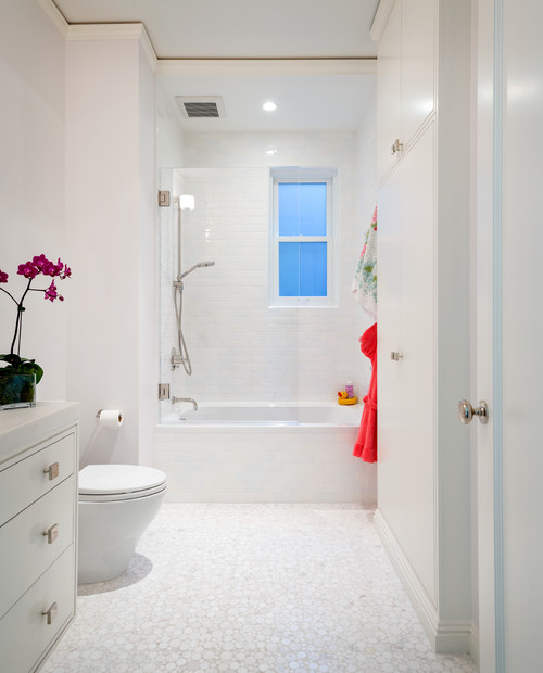 7 Bathroom Design Trends That Home Buyers Hate   realtor com     Washington Street   2