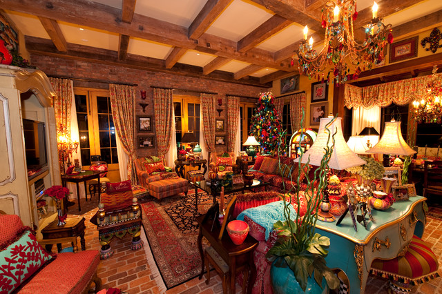 Holiday Installation Of Southern Style Great Room