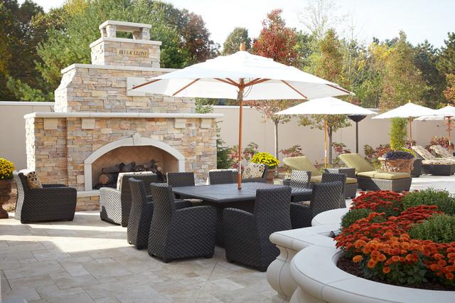 Backyard Luxury Resort on Luxury Backyard Patios id=15844