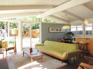 My Houzz: A Mid-Century Marvel Revived in Long Beach midcentury-living-room
