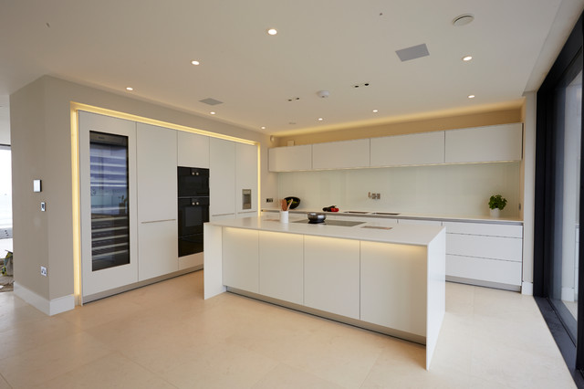 A Bulthaup Kitchen Fit For Sandbanks Contemporary Hampshire