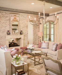 Willowend shabby-chic-style-family-room
