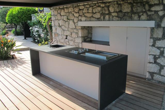 Pergolas bioclimatique - cuisine d'été mediterraneen-terrasse-en-bois