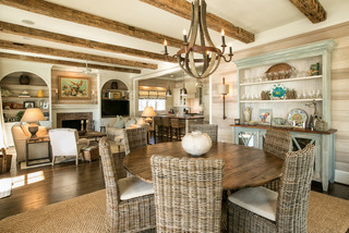 Coastal Charm beach-style-dining-room