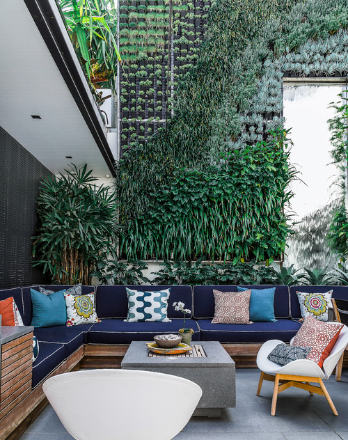 10 Reasons To Love Vertical Gardens on Green Wall Patio id=17525