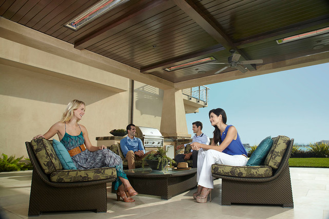 Residential Outdoor Patio in Naples, Long Beach beach-style