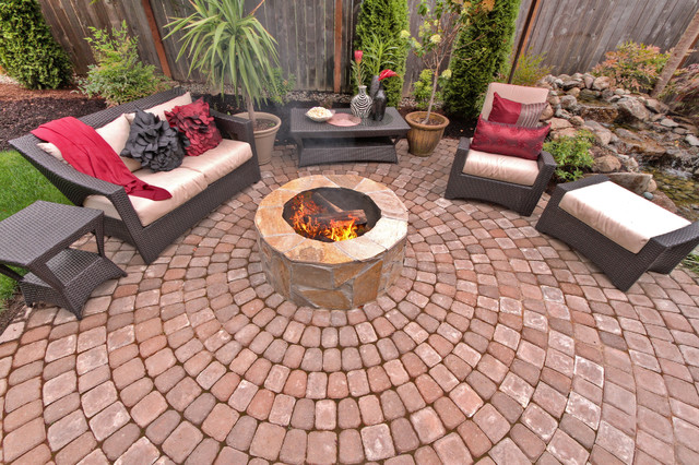 Fire pit - Water feature - Pergola - Paver courtyard ... on Paver Patio Designs With Fire Pit id=99723