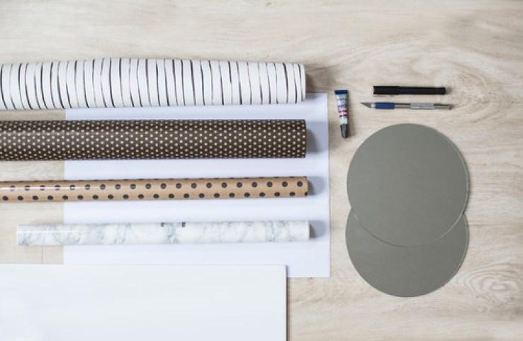 DIY Des miroirs re-visités avec quelques chutes de papier peints