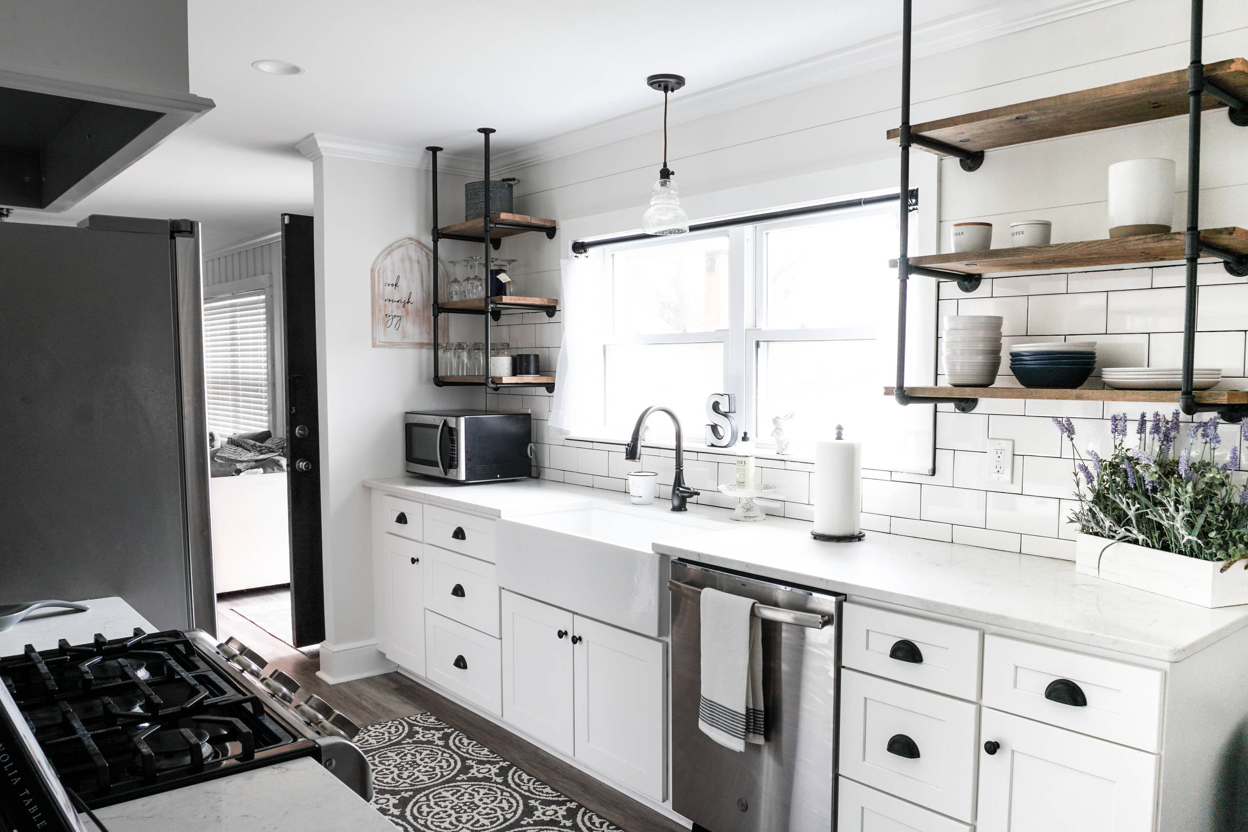 75 Beautiful Small Galley Kitchen Pictures Ideas Houzz