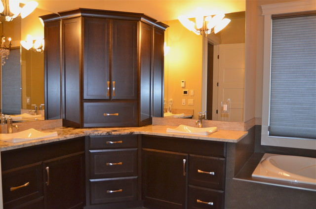 New Custom Maple Cabinets...dark stain - Traditional ... on Dark Maple Cabinets  id=72797
