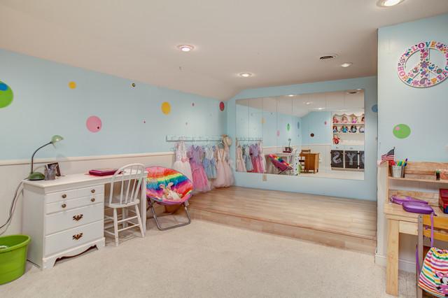 Children's Bedrooms traditional-kids