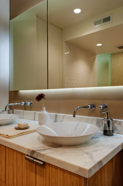 Floating Mirror At Vanity Modern Bathroom San