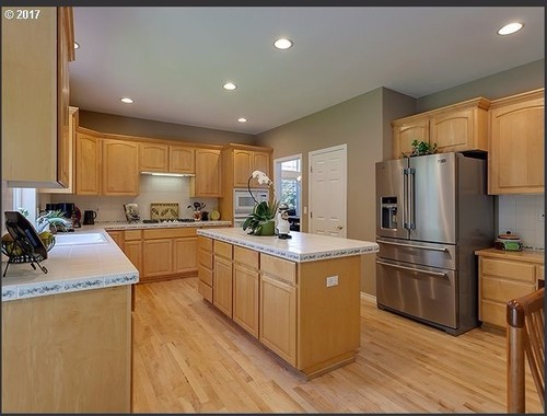 choosing right granite countertop color for light maple ... on Maple Kitchen Cabinets With Granite Countertops  id=31623