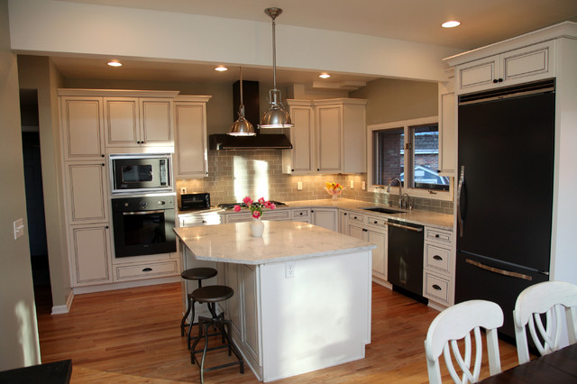 White Classic Kitchen Design Traditional Kitchen Denver By Kaimee Klein Martelli