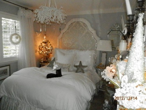 Shabby Chic Christmas Bedroom