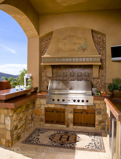 Italian Outdoor Kitchen Mediterranean Patio Los
