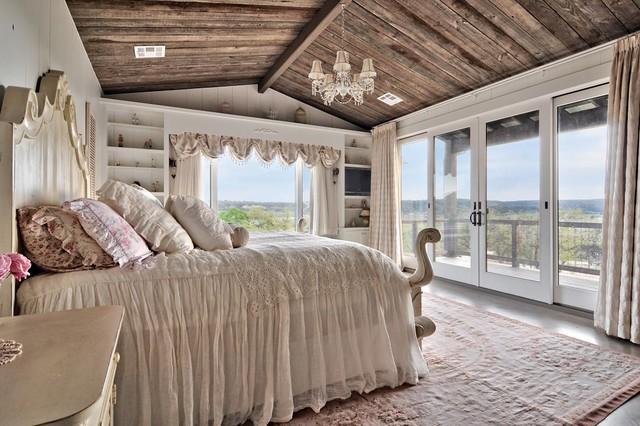 Romantic Hill Country Dream