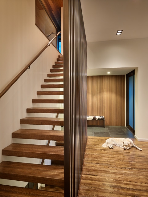 Custom Home Sunrise Vista Midcentury Staircase | Mid Century Modern Stair Railing