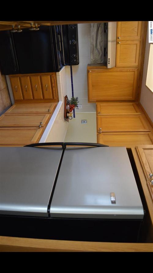 URGENT Typhoon Bordeaux with Oak Cabinet . Backsplash Ideas on Typhoon Bordeaux Granite Backsplash Ideas  id=90957