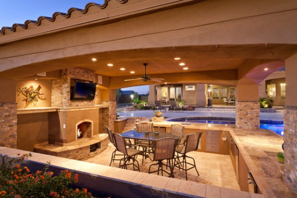 outdoor kitchen with pool and patio Parrott