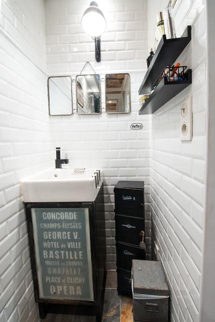 Suite parentale : un petit espace très optimisé industriale-bagno-di-servizio