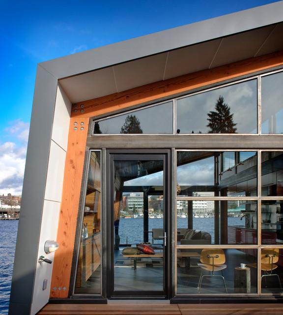 Dyna - Portage Bay industrial-entry